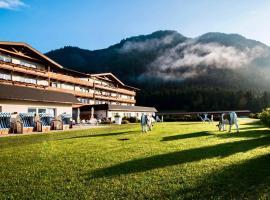 KUHOTEL by Rilano, Hotel in Waidring