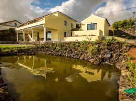 Casa dos Lagos - RRAL nº 2187, hotel in Velas