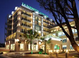 La Sapinette Hotel, spa hotel in Da Lat