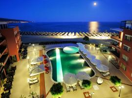 Hotel Heaven - Ultra All Inclusive with Private Beach by Asteri Hotels, хотел в Слънчев бряг
