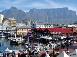 Check Inn Hotel, hotel in Green Point, Cape Town