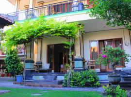 CR Tris Rooms Seminyak, hotel dekat Bintang Supermarket Seminyak, Seminyak