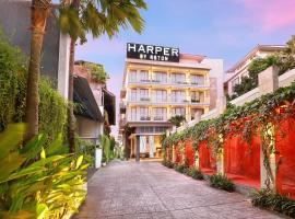 Harper Kuta Hotel by ASTON, hotel near Kuta Art Market, Legian