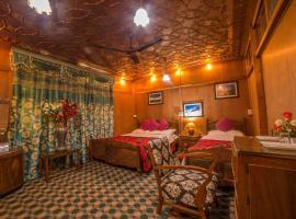 Swan Heritage Houseboats, hotel in Srinagar