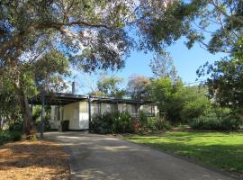 8 Ophir Ave, Ventnor, apartment in Ventnor