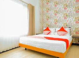 OYO 354 32 Residence, hotel in Batu