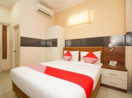 OYO 450 Semampir Residence, отель в Сурабае