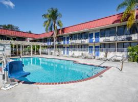 Econo Lodge, hotel in Palm Harbor