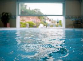 EasyRooms ai Monti, hotel in Locarno