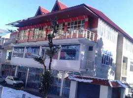Hotel Khajjiar Regency, hotel in Khajjiar