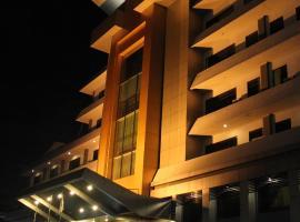 Hotel Kini Pontianak, hotel near Supadio Airport - PNK, Pontianak