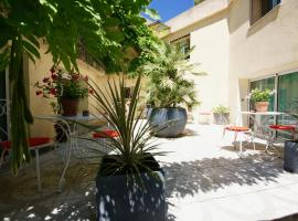 Couette et Café, self catering accommodation in Montpellier