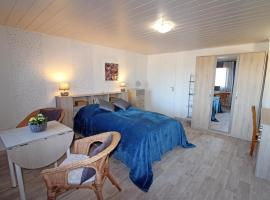 Chez Judith, homestay in Le Puid