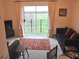 Whole house, easy walk to town centre, Parking, Self Catering, Great View, 3 bedrooms, sleeps 6, hotel near Stratford-upon-Avon Racecourse, Stratford-upon-Avon