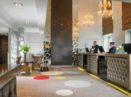Castlecourt Hotel, Spa & Leisure, hotel in Westport