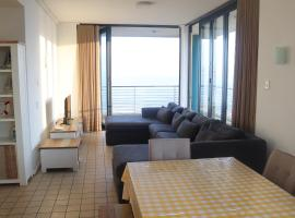 Durban Beach Waterfront - Amazing Views - 3 Bed, hotel near uShaka Marine World, Durban