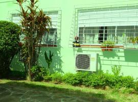 Apartamento Completo 2 Dormitórios, self catering accommodation in Porto Alegre