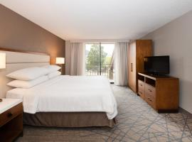 Embassy Suites Colorado Springs, hotel with jacuzzis in Colorado Springs