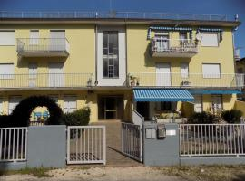 Holiday home in Eraclea Mare 35287, hotel a Eraclea Mare