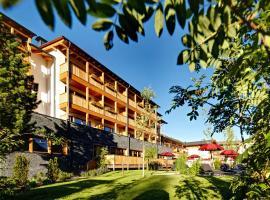 Hotel Monika, hotel in Sesto