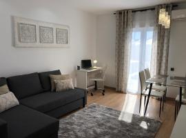 Cozy apartment in Valencia! WI-FI !, hotel near Bioparc Valencia, Valencia