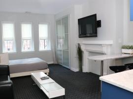 Stylish Studio on Newbury St, THIS IS BOSTON! #12, apartment in Boston