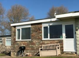 Wightlet Chalet 193 sandown bay holiday centre, cabin in Sandown