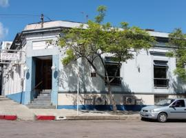 HOTEL 25 DE MAYO, hotel near Puerto de Fray Bentos, Fray Bentos