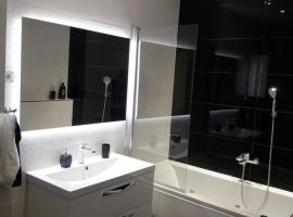 Luxury Apartment L&K 2, hotel in Split