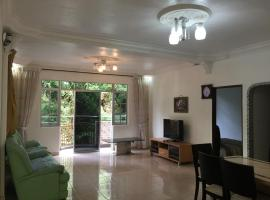 Cameron Supersave Apartment @ Crown Imperial Court, vacation rental in Brinchang
