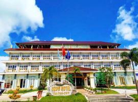 Ozon Hotel, khách sạn ở Năm Căn