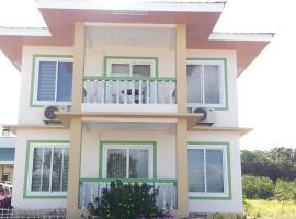 Bon2Beach Guesthouse, hotel in Romblon