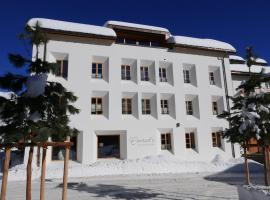 Conrad's Mountain Lodge, hotel in zona St. Moritz - Corviglia, Silvaplana