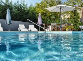Villa Okra, luxury hotel in Ičići