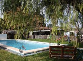 Villa Chispa, lodge in Mairena del Alcor