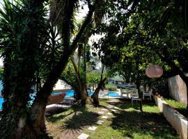 St. Thomas Bed and Breakfast, hotel near MEC - Mediterranean Exhibition Center, Paianía