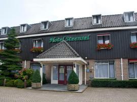 Hotel Steensel, hotel in Steensel