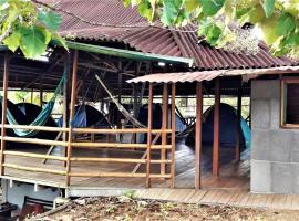 Manu Rescue Center, pet-friendly hotel in Puerto Fiscarrald