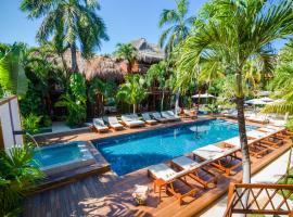 Magic Blue Spa Boutique Hotel Adults Only, hotel near Kool Beach Club, Playa del Carmen