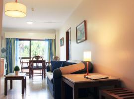 Apartamento Praia Vau T1, hotel near Alto Golf Course, Portimão