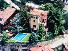 Casa les Pomeretes, hotel in El Figaró