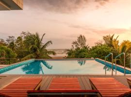 Ashore By Vista Rooms, hotel with pools in Morjim