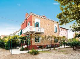 Villa Contarini B&B, hotel near Congress Center - Venice Film Festival, Venice-Lido