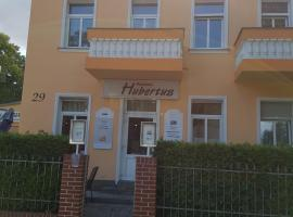 Pension Hubertus, pet-friendly hotel in Berlin