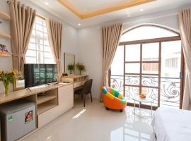 CBD Home - Home in Central - The Art, family hotel in Ho Chi Minh City