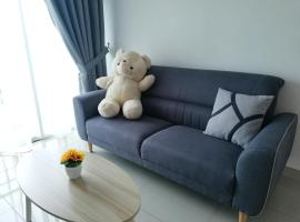 Love&Leisure Homestay 4r3b Opp SPICE Arena Penang, villa in Bayan Lepas