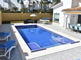 Villa Esmeralda, hotell nära El Saladillo strand, Estepona