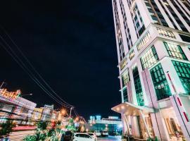 The Vertical Suite, hotel near Mega Bangna, Bangkok