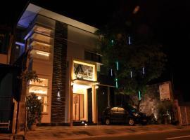 Omah Qu Guesthouse Malioboro, pet-friendly hotel in Yogyakarta