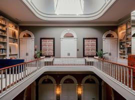 Torel 1884 Suites & Apartments, homestay di Porto